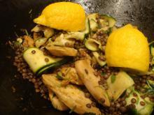 Hot Garam Masalakylling med zucchini og linser
