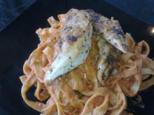 Frisk pasta m/ kylling & cremet tomatsovs