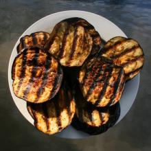 Grillet aubergine