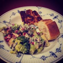 Vegetarisk broccolisalat