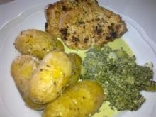 Koteletter med grønlangkål, forårsløg & timian-kartofler