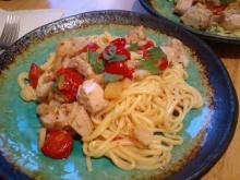 Kylling med spaghetti og tomat