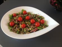 Quinoa salat med Asparges og Bacon