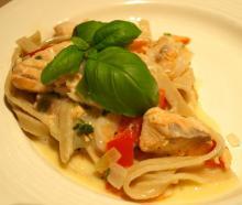 Rejer og laks med groft pasta