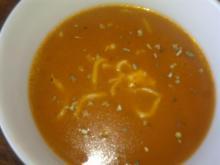 Tomat-kartoffelsuppe m/ nudler