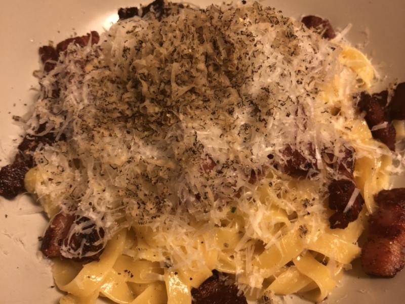 Spaghetti Carbonára med frisk trøffel